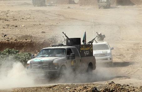 Сирийская оппозиция сообщила онаступлении на«столицу» ИГИЛ