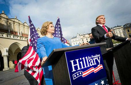 Восковые фигуры Хиллари Клинтон и Дональда Трампа в Кракове.