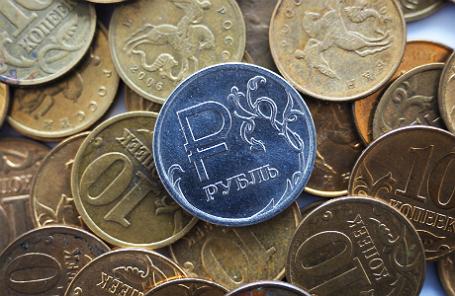 Курс доллара наМосковской бирже превысил 65 руб.