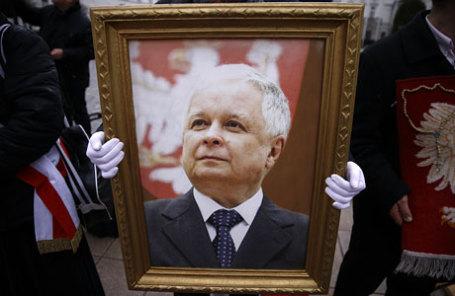 ВПольше пройдет эксгумация останков Леха иМарии Качиньских