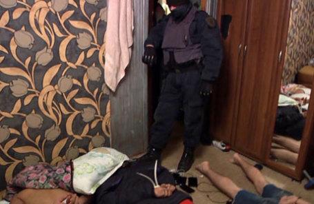Во время операции по задержанию сотрудниками Федеральной службы безопасности РФ участников межрегиональной террористической группы, планировавшей совершить серию терактов в Москве и Санкт-Петербурге.