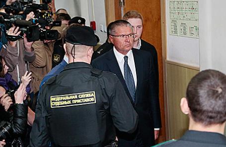 Бывший министр экономического развития РФ Алексей Улюкаев в Басманном суде в Москве.
