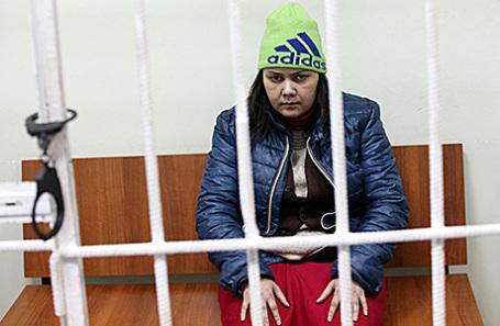 Гражданка Узбекистана Гюльчехра Бобокулова, обвиняемая в жестоком убийстве ребенка, во время оглашения приговора в Хорошевском суде, 24 ноября 2016.