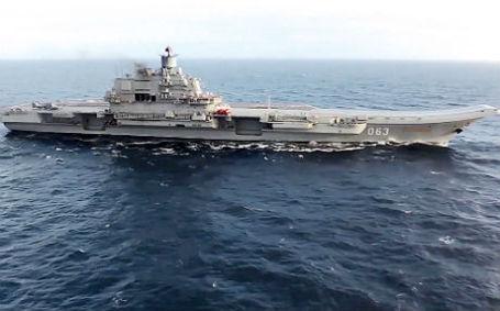 Тяжелый авианесущий крейсер «Адмирал Кузнецов».
