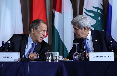 Министр иностранных дел РФ Сергей Лавров и госсекретарь США Джон Керри (слева направо).