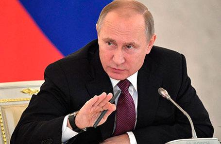 Путин пообещал обсудить сСобяниным вырубки встоличном парке Кусково