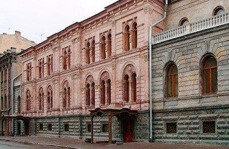 Здание Европейского университета в Санкт-Петербурге.