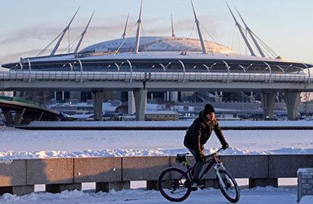 Вид на строящийся стадион «Зенит-Арена».