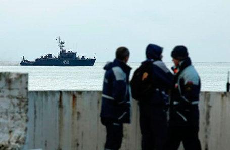 На месте крушения самолета Ту-154 у побережья Сочи.