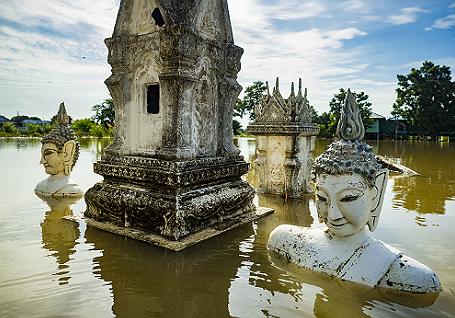 ВТаиланде из-за наводнения наюге погибли покрайней мере 12 человек
