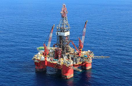 Новак объявил осокращении добычи нефти на100 тыс баррелей всутки