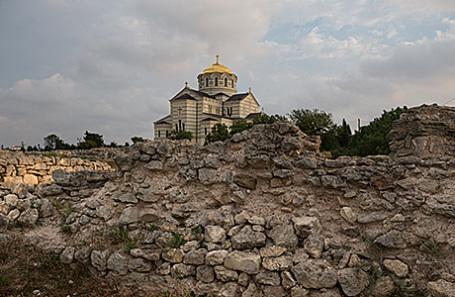 Вид на Владимирский кафедральный собор в национальном заповеднике «Херсонес Таврический».