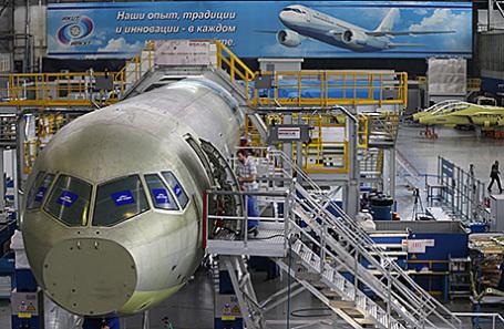 Сборка магистрального самолета МС-21.