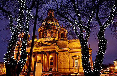 Исаакиевский собор в Санкт-Петербурге.