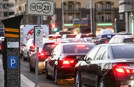Москва заработала напарковках иштрафах 17,5 млрд руб.