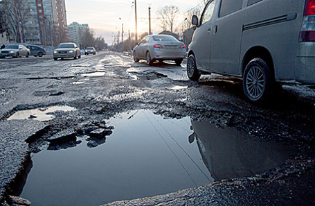 ВЗабайкалье заморозку возведения дорог связали смостом вКрым
