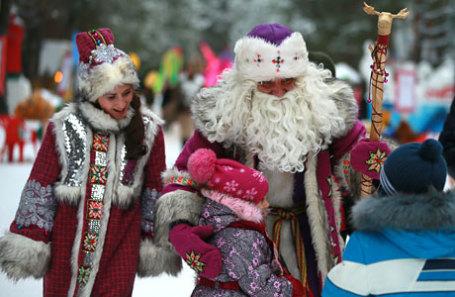 Во время празднования дня рождения Деда Мороза в резиденции волшебника в Великом Устюге.