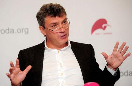 В столице проходит марш памяти Бориса Немцова