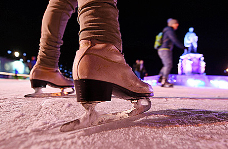 В столице массово проводят зиму впарках накатках