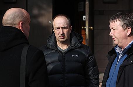 Главный тренер команды «Водник» Игорь Гапанович, главный тренер команды «Байкал-Энергия» Игорь Ерахтин и директор команды «Байкал-Энергия» Василий Донских (слева направо).