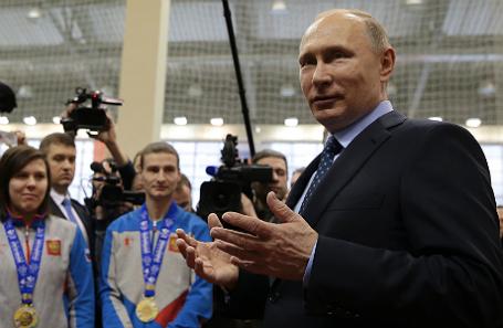 Президент России Владимир Путин во время встречи с победителями XXVIII Всемирной зимней универсиады 2017 года.