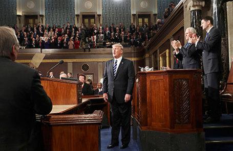 Трамп объявил, что незнал оконтактах генерального прокурора