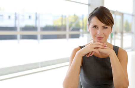 Опрос бизнесменов: женщина — добытчик или хранительница очага?
