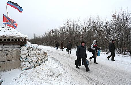 На линии разграничения между Украиной и ДНР.