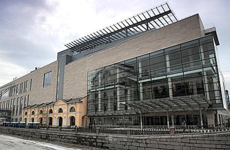 Вид на Новое здание Государственного академического Мариинского театра в Санкт-Петербурге.