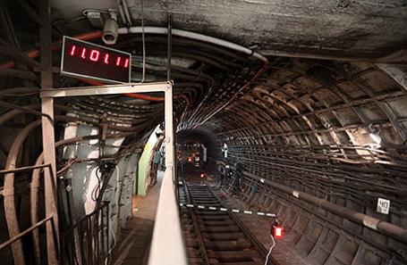 https://cdn.bfm.ru/news/maindocumentphoto/2017/03/19/metro.jpg