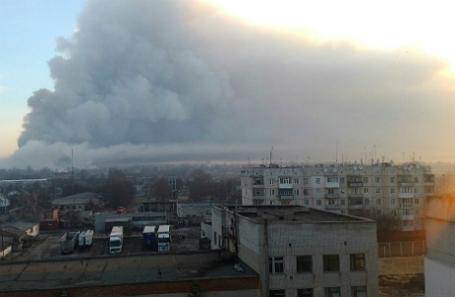 После взрыва на складе боеприпасов в Балаклее Харьковской области.