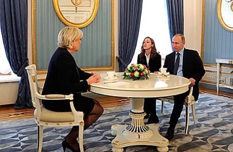 Встреча президента России Владимира Путина с лидером политической партии Франции «Национальный фронт» Марин Ле Пен, 24 марта 2017.