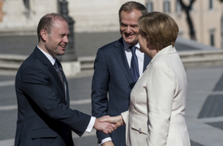 Саммит глав государств и правительств ЕС, посвященный 60-летию Римского договора, в Риме.