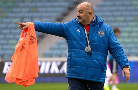Главный тренер сборной России по футболу Станислав Черчесов.