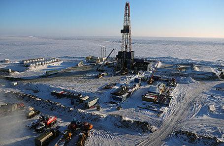 Буровая установка для добычи нефти на Хатангском участке недр в морской части Восточно-Таймырского месторождения, где компания «Роснефть» начинает бурение поисково-оценочной скважины.
