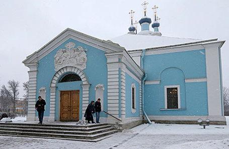 На территории Сампсониевского собора, переданного Русской православной церкви (РПЦ).
