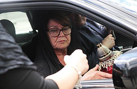 Мать Жанны Фриске Ольга.
