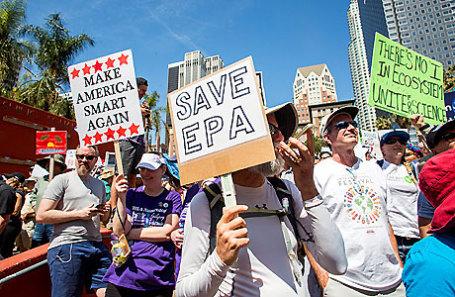 Во время марша за науку в Лос-Анджелесе.