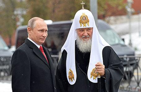 Президент РФ Владимир Путин и патриарх Московский и всея Руси Кирилл (слева направо).