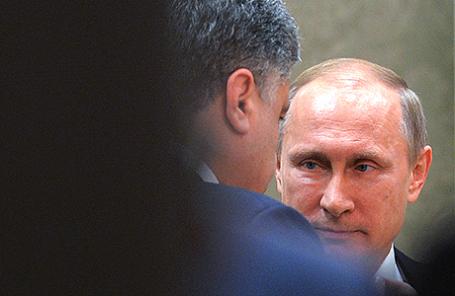 Президент России Владимир Путин и президент Украины Петр Порошенко.