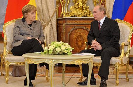 Президент России Владимир Путин и федеральный канцлер Германии Ангела Меркель.
