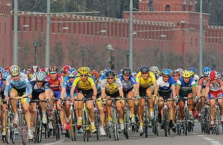 Участниуи велогонки «Пять Колец Москвы».