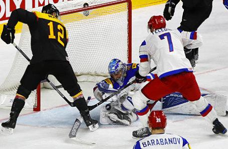 Во время матча по хоккею Россия — Германия.