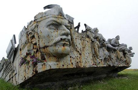 Во время праздничных мероприятий на Саур-Могиле в честь 72-й годовщины победы в Великой Отечественной войне.