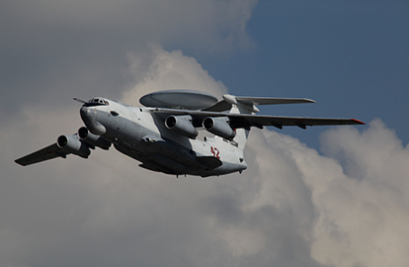 Самолет дальнего радиолокационного обнаружения А-50.