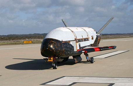 Пентагон представил видео посадки секретного орбитального беспилотника X-37