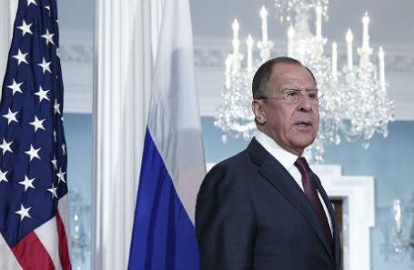 Министр иностранных дел РФ Сергей Лавров перед началом переговоров в штаб-квартире Государственного департамента США.