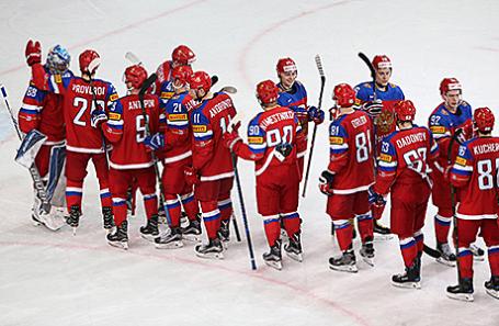 Игроки сборной России после победы в матче 1/4 финала чемпионата мира по хоккею между сборными командами России и Чехии