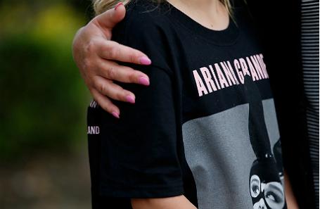 Подросток после теракта на концерте Арианы Гранде в Манчестере.