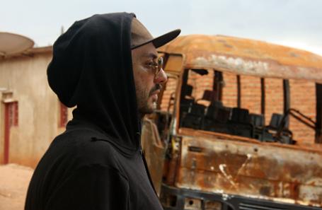 Кирилл Серебренников на съемках в Руанде.